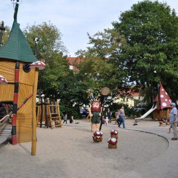 """Spielplatz """"Zwergenland"""""""