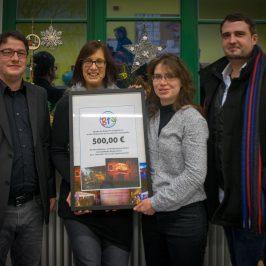 """Spendenübergabe an den Förderverein der Grundschule """"Annastraße"""""""