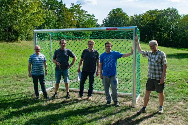 Helfer des Bürger für Stadtfeld e.V. - v.l.n.r. Stephan Bublitz, Matthias Callehn, Jürgen Canehl, Thomas Opp, Michael Neumeister